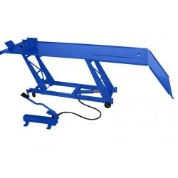 MC04101 - Table élévatrice manuelle pour motos / 450 kg. Plateforme : 2060 x 550 mm